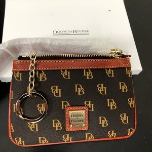 Dooney & Bourke | NWT Wristlet Coin Purse F011
